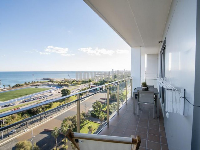 Duplex-penthouse for sale in primera linea del mar in barcelona